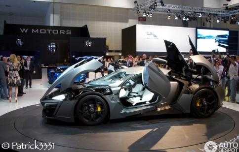 W Motors Lykan Hypersport ra mắt ở Dubai Motor Show 2013