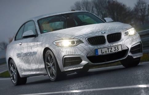 BMW phát triển xe tự drift
