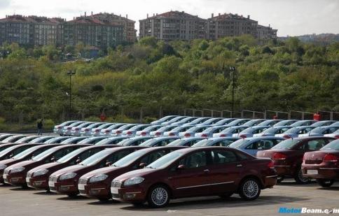 Ấn Độ giảm thuế cứu thị trường xe ảm đạm