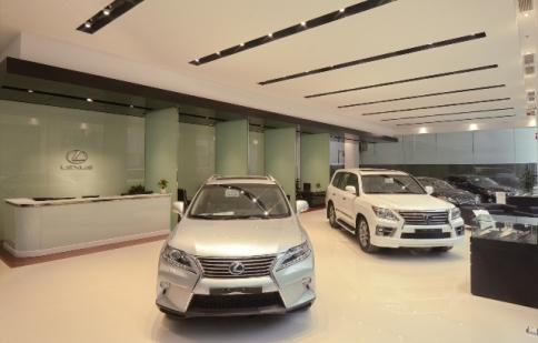 Đập vạ kêu lỗ, Toyota đòi giảm thuế xe sang Lexus