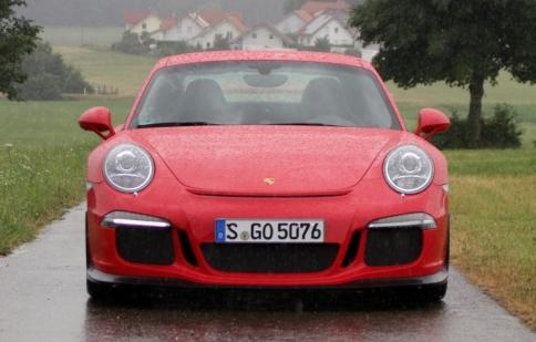 Porsche thu hồi toàn bộ xe 911 GT3 2014