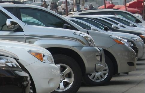 Ôtô Việt Nam chịu sức ép lớn từ xe nhập khẩu