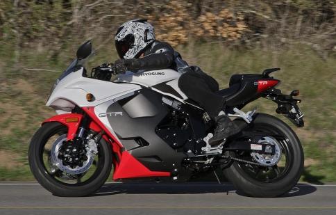 Hyosung GT250R: sportsbike đến từ Hàn Quốc