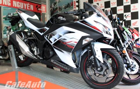 Ninja 300 ABS 2014 về Sài Gòn giá gần 300 triệu đồng