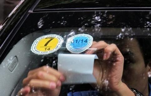Xe hơi sắp phải dán thêm tem năng lượng