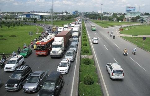 Điều chỉnh mức thu và cách thu phí sử dụng đường bộ?