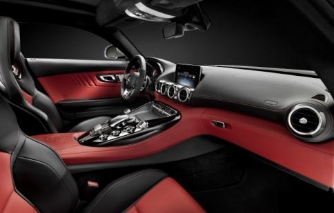 """Hé lộ """"ảnh nóng"""" của Mercedes-Benz AMG GT"""