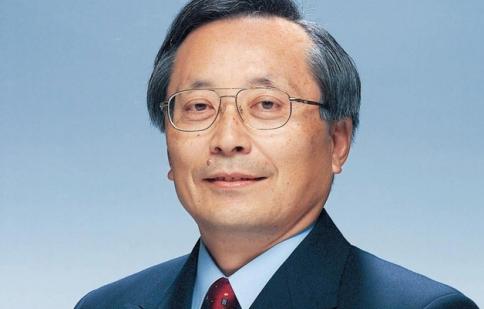 Cựu chủ tịch Mazda nghỉ hưu ở tuổi 69