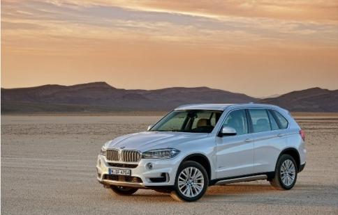 BMW thu hồi hơn 6000 xe X5