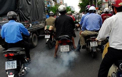 Kiểm định khói xe máy: Đủ cái khó !
