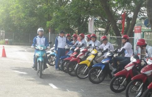 Honda Việt Nam đào tạo kĩ năng lái xe cho doanh nghiệp