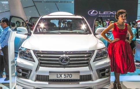 Lexus đang cân nhắc SUV LX chạy diesel