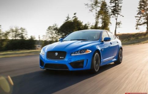 Jaguar XF 2015: nâng cấp nhẹ, tăng giá mạnh