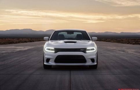 Dodge Charger SRT Hellcat: Sedan mạnh nhất thế giới trình làng