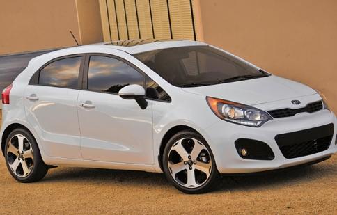 Xế nhỏ Kia Rio nâng cấp sẵn sàng ra mắt