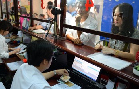 Từ tháng 12/2014, có thể cấp đổi giấy phép lái xe qua mạng