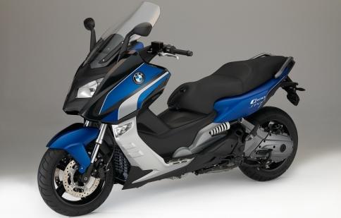 BMW ra mắt 2 phiên bản mới của dòng C600