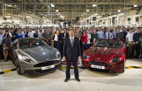 """Daimler sẽ không """"mua đứt"""" Aston Martin"""