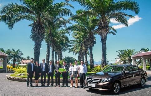 Mercedes-Benz bàn giao xe cho Palm Garden Beach Resort & Spa