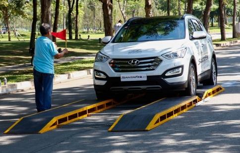 Lái thử Hyundai SantaFe 2015 tại Sài Gòn