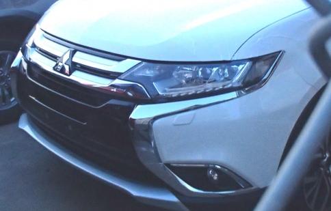 Mitsubishi Outlander 2016 lộ diện trước triển lãm