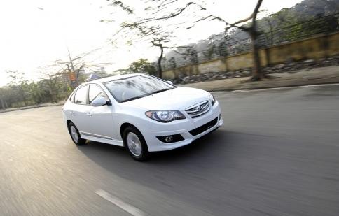 Thị trường ô tô sôi động với giảm giá xe