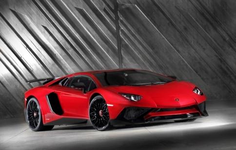 Lamborghini Aventador SV: giới hạn 600 chiếc, giá 500.000 đô