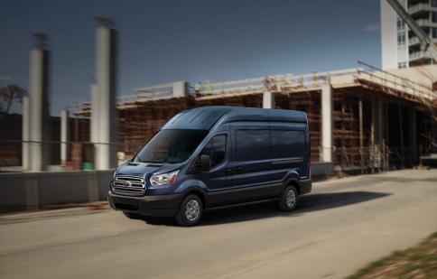 Ford nâng cấp công nghệ cho Transit 2016