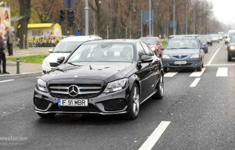 Mercedes thắng lớn nhờ GLA, CLA và C-Class