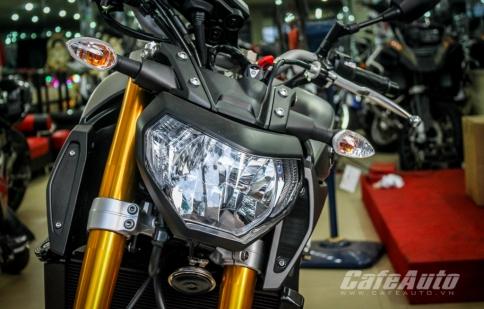 Soi chi tiết Yamaha MT-09 tại Sài Gòn