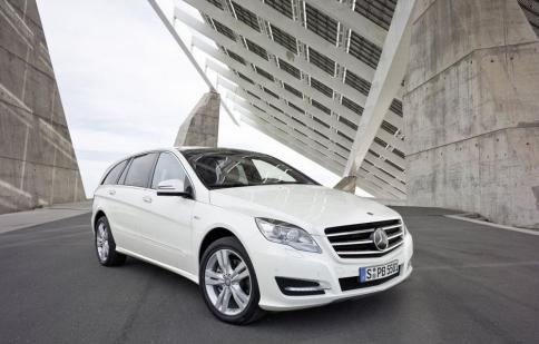 Mercedes-Benz hồi sinh R-Class?