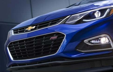 Chevrolet Cruze 2016, rộng hơn, nhẹ hơn và nhiều công nghệ