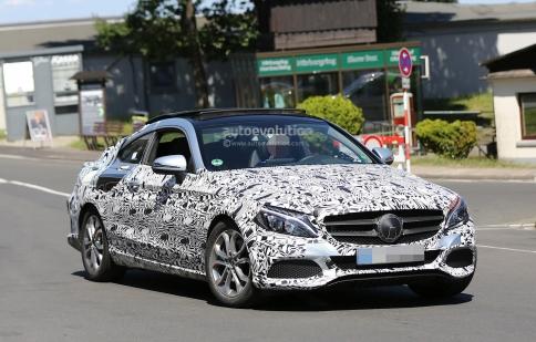 Mercedes C-class Coupe lộ ảnh mui kính cỡ lớn trên đường thử