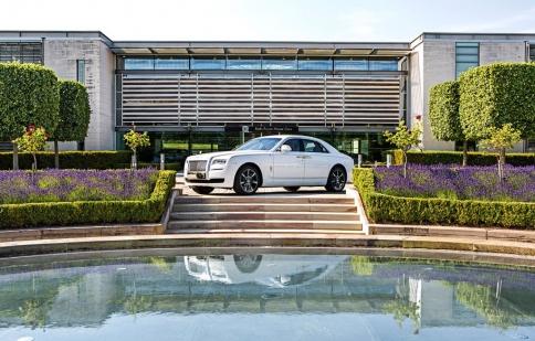 Rolls Royce mừng sinh nhật Singapore bằng phiên bản đặc biệt