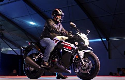 Honda CBR250R mới lộ diện tại RevFest 2015