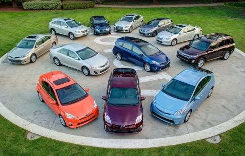 Toyota bán được hơn 8 triệu xe hybrid kể từ năm 1997