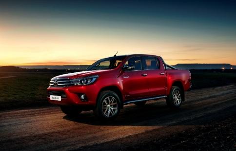 Lộ diện Toyota Hilux dành cho người châu Âu
