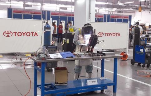 Chung kết Hội thi tay nghề Toyota 2015