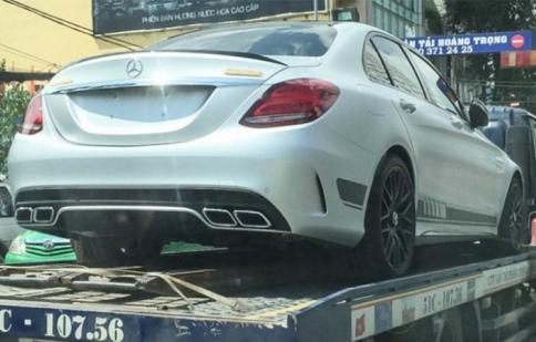 Mercedes AMG C63 S Edtion 1 đã có mặt tại Việt Nam