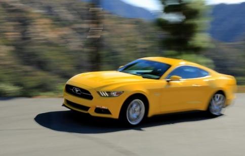 Top 10 xe trên 400 mã lực giá rẻ nhất