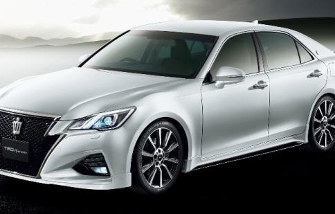 Lộ diện xế độ Toyota Crown 2016