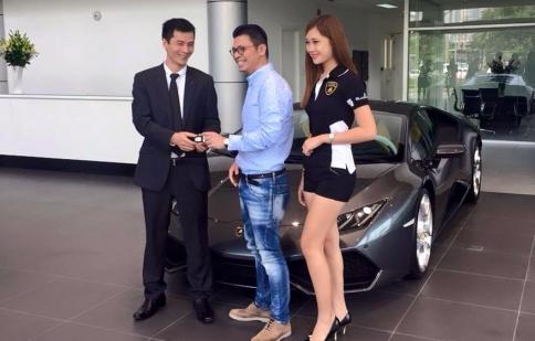 """Tung chiêu khuyến mãi, Lamborghini Huracan chính hãng đầu tiên thoát """"ế"""""""