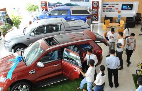 Vay tiền mua ôtô: một công đôi việc