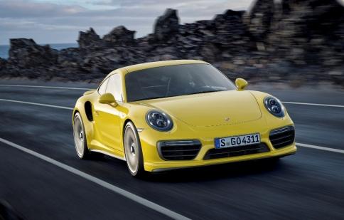 Porsche 911 Turbo và 911 Turbo S có giá từ 10,4 tỷ đồng khi về Việt Nam