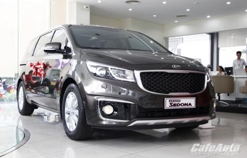 Xe gia đình Kia Sedona bán hơn 200 chiếc trong tháng 11