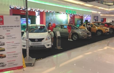 """Khám phá """"đội hình"""" Nissan tại Crescent Mall"""