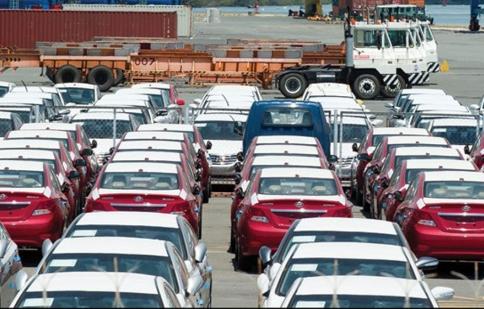 Ôtô nhập khẩu: Nào, mình cùng tăng giá!