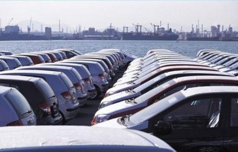 Ôtô nhập khẩu ồ ạt tràn về từ Thái Lan