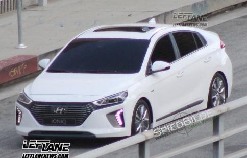 """Xe động cơ """"3 trong 1"""" Hyundai Ioniq lộ ảnh thực tế"""