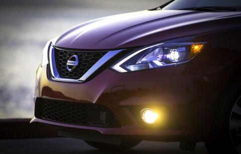 Chi tiết Nissan Sentra 2016 bản nâng cấp, giá từ 16.780 USD